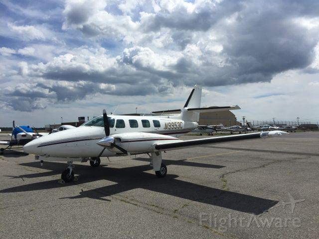 Cessna T303 Crusader (N9953C)