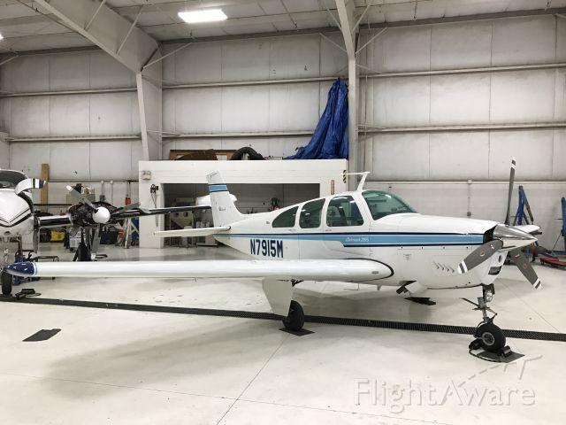 Beechcraft Bonanza (33) (N7915M)