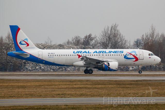 Airbus A320 (VQ-BLO)