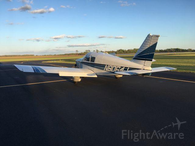 Piper Cherokee (N9064J)