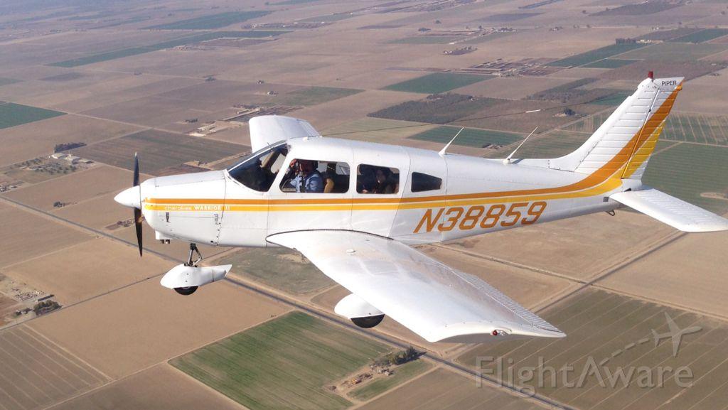 Piper Cherokee (N38859)