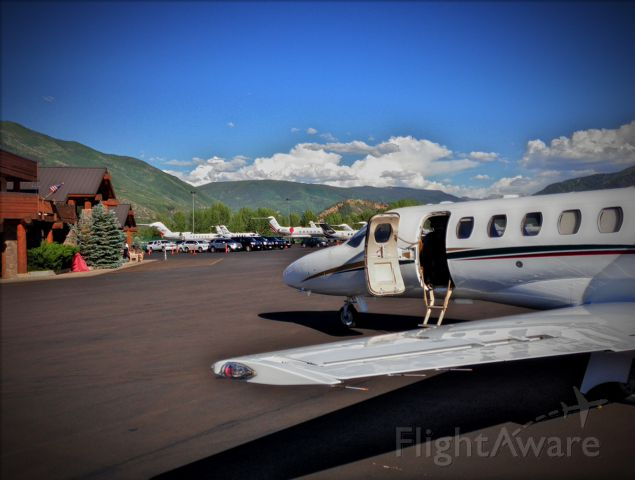 Cessna Citation CJ1 (N245SP) - Just landed in Aspen for the first time. Decided to capture the moment.