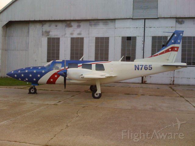 Cessna Skyhawk (N765)