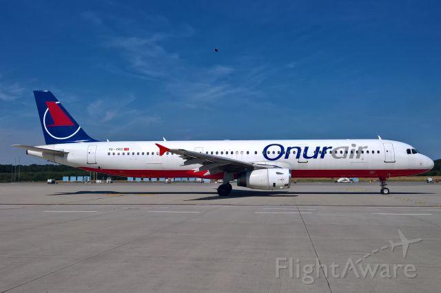 Airbus A321 (TC-OEC)