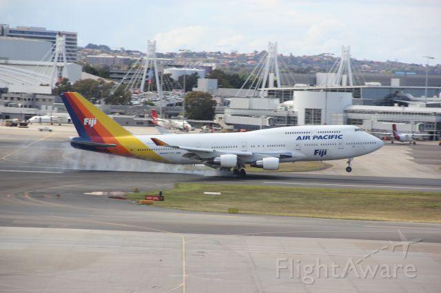 Boeing 747-400 (DQ-FJK)
