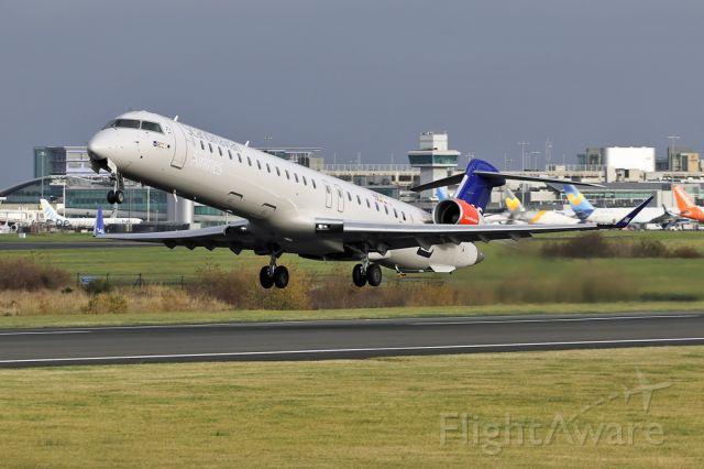 Canadair Regional Jet CRJ-900 (EI-FPP) - SAS540 operating as CityJet 540 departing to Copenhagen