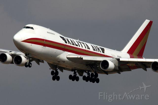 Boeing 747-200 (N700CK)