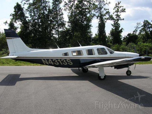 Piper Saratoga/Lance (N4313S) - Piper Saratoga SP