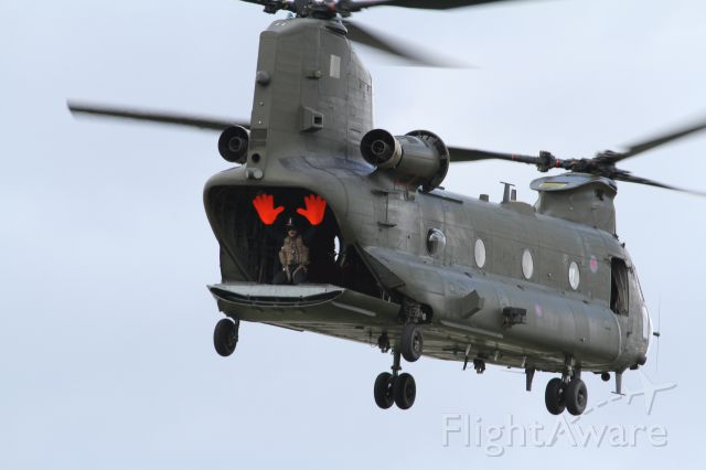 ASAP Chinook — - Look Mum I can do this hands free.