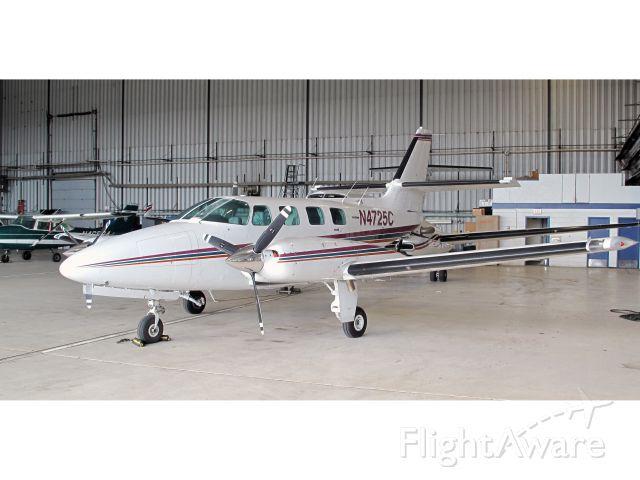 Cessna T303 Crusader (N4725C)