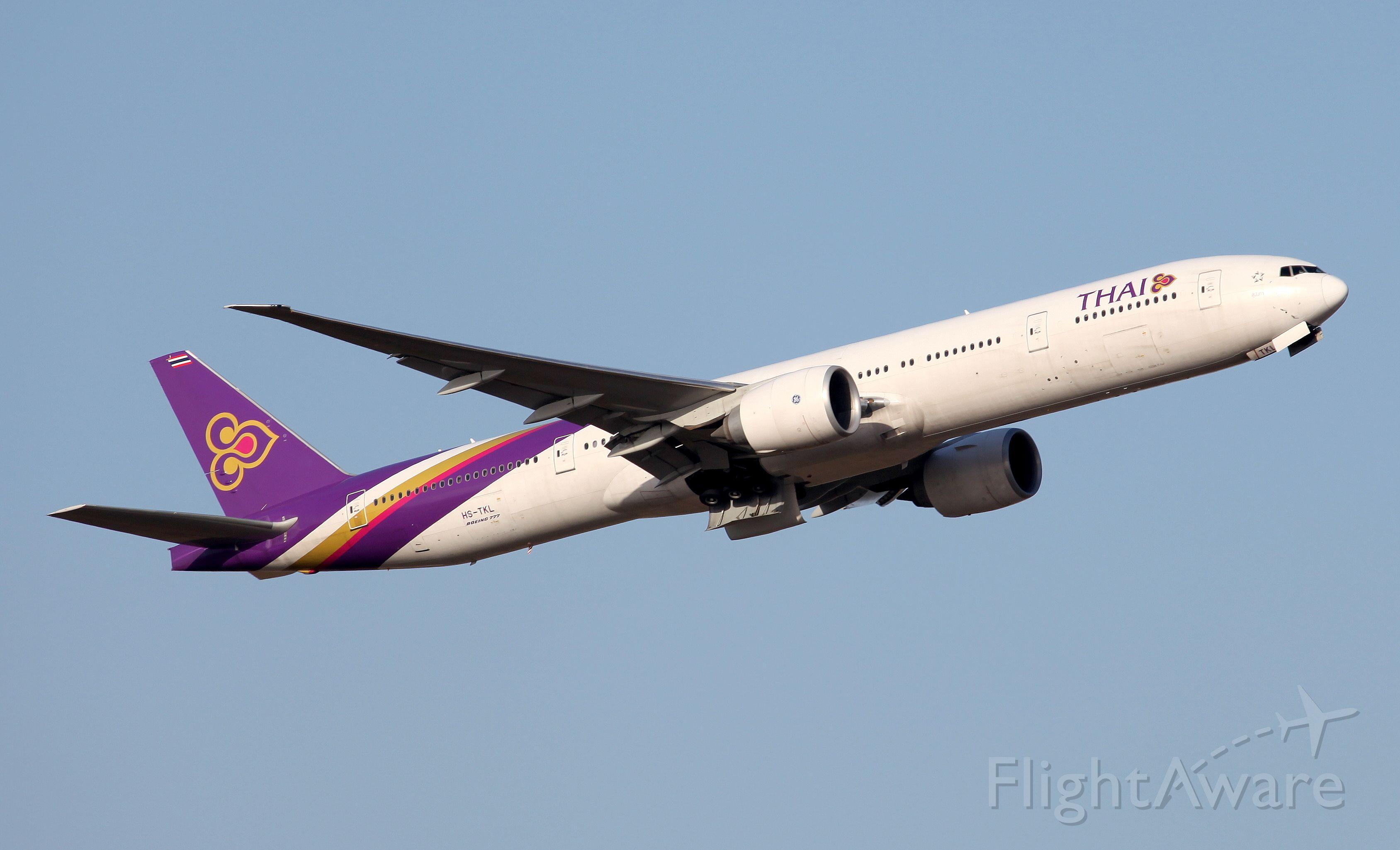 BOEING 777-300ER (HS-TKL) - Departing Rwy 19L