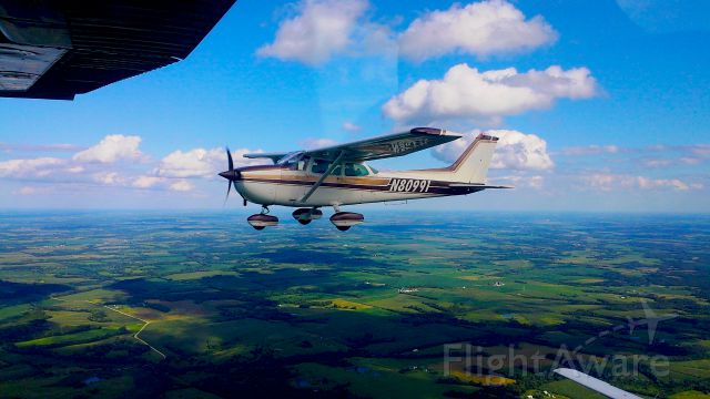 Cessna Skyhawk (N80991)