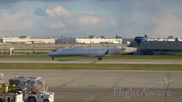 Canadair Regional Jet CRJ-700 (N157GJ) - Heading out to Springfield, Missouri