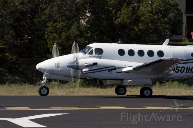 Beechcraft Super King Air 200 (N501HK)