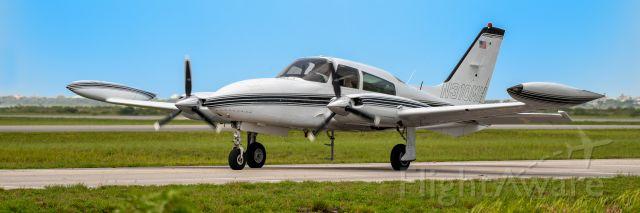 Cessna 310 (N310MH)