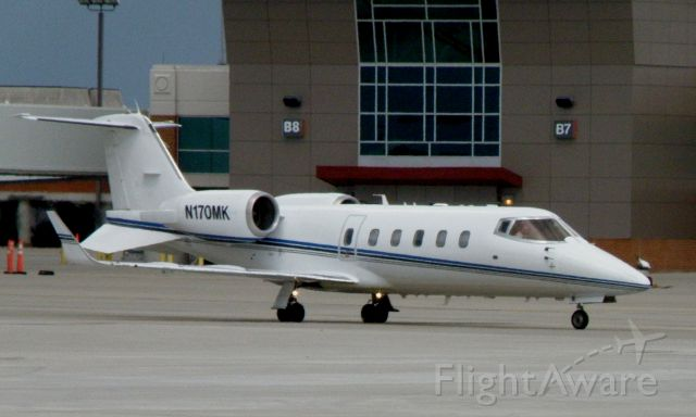 Learjet 60 (N170MK) - A sharp looking Lear 60 taxis to TACAir, the FBO at Blue Grass Airport (KLEX)...