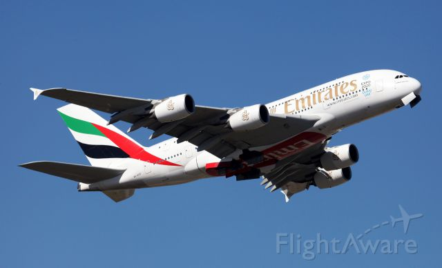 Airbus A380-800 (A6-EDD) - cleaning up northbound from 34L