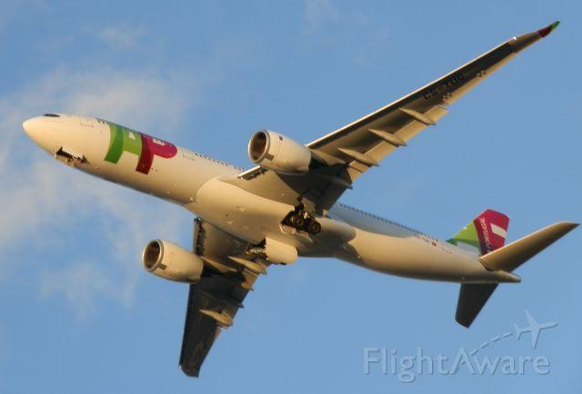 "AIRBUS A-330-900 (CS-TUG) - A TAP A330-900neo Reg#CS-TUG""Lifting off for Lisbon,(Lisboa)"