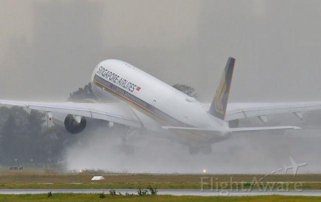 Airbus A350-900 (9V-SHH) - Adelaide, South Australia, June 24, 2020.