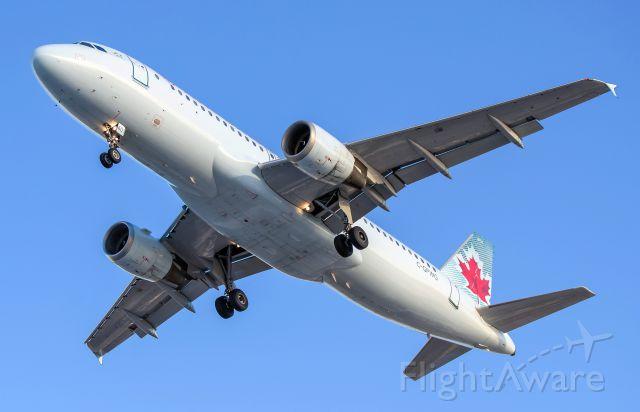 Airbus A320 (C-GPWG) - Air Canada A320 C-GPWG