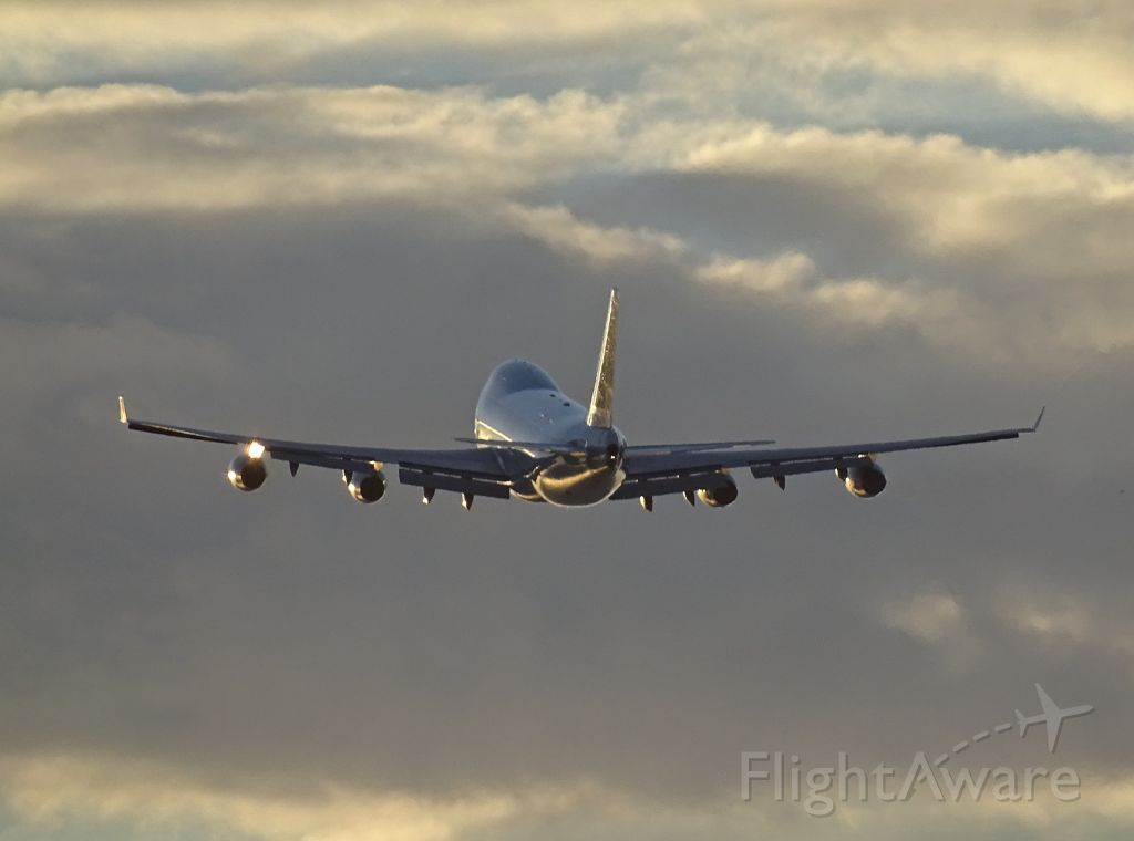 Boeing 747-400 (LX-FCL)