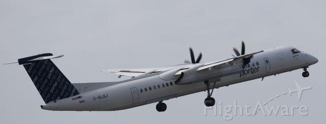 de Havilland Dash 8-400 (C-GLQJ)