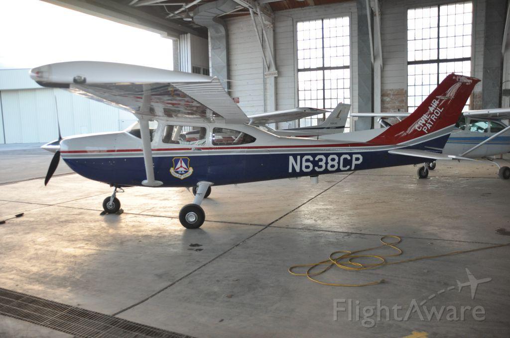 Cessna Skylane (N638CP)