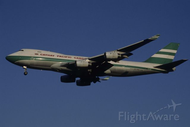 Boeing 747-200 (B-HUH) - Final Approach to Narita Intl Airport Rwy34L on 1998/11/25