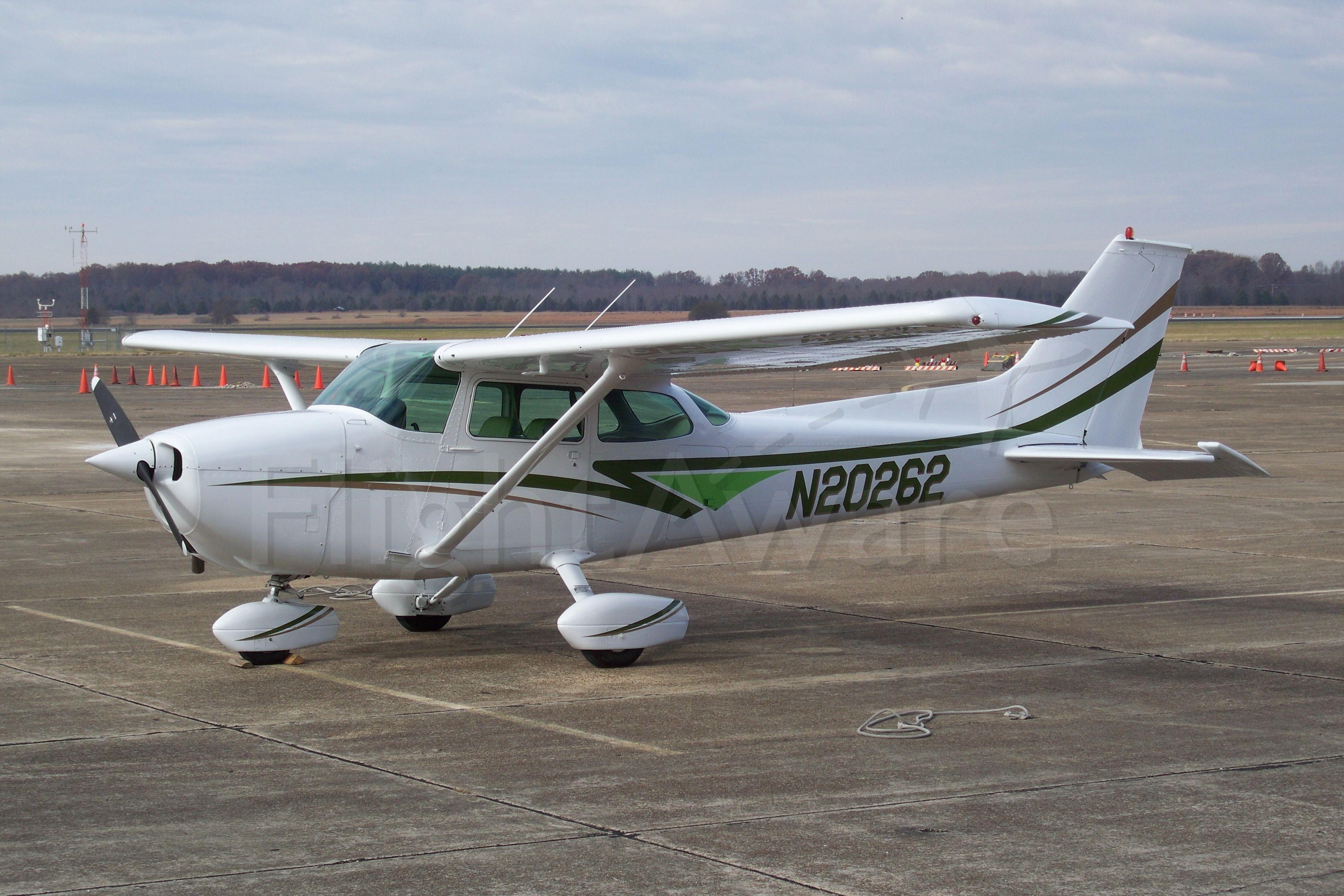 Cessna Skyhawk (N20262) - 28 Nov 2008