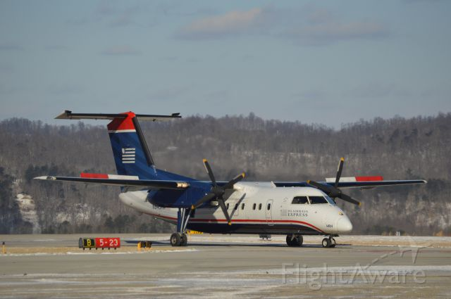 de Havilland Dash 8-100 (N943HA) - Thank you Kanawha County Schools for the 3rd SNOW DAY in a ROW!  I enjoyed spotting at CRW and playing with my new Nikon D3200!