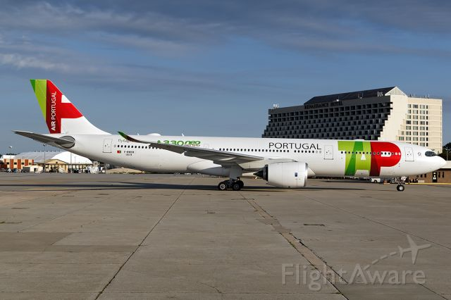 AIRBUS A-330-900 (F-WWKM)