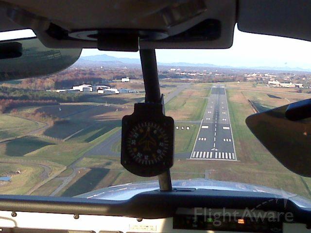 Mooney M-20 (N62KH) - Landing long at Lynchburg, VA to avoid the Turkeys on the runway.