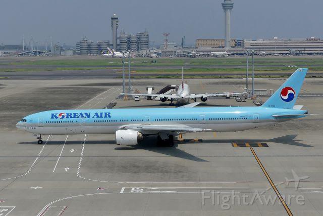 BOEING 777-300 (HL7533) - Tokyo-Haneda(HND) 2018/07/18