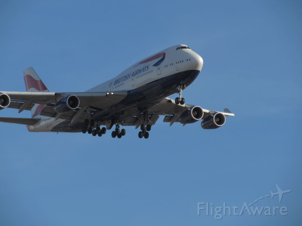 Boeing 747-400 — - British airways 747-400 landing at Chicago oh hare in late November