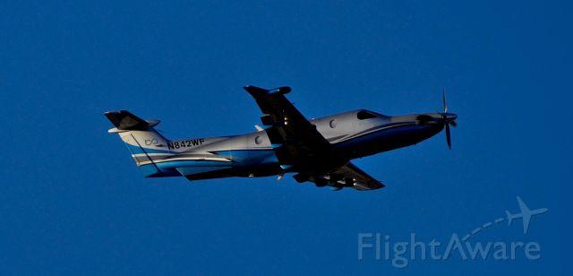 Pilatus PC-12 (N842WF) - phoenix sky harbor international airport 02DEC20