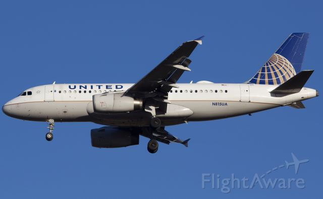 """Airbus A319 (N815UA) - Arriving to DFW (please view in """"full"""" for highest image quality)"""