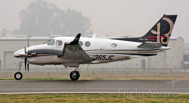 Beechcraft King Air 90 (N365JC)