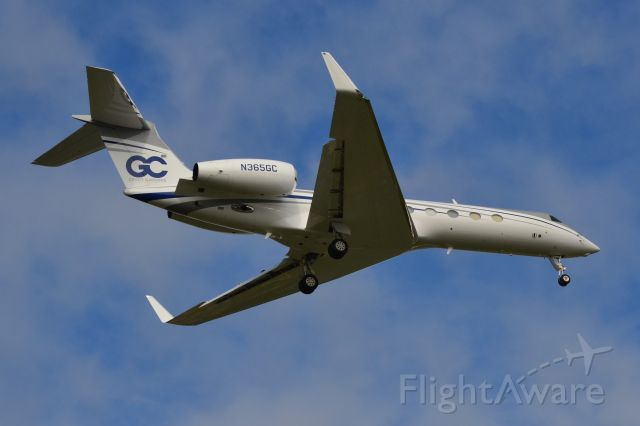 Gulfstream Aerospace Gulfstream V (N365GC) - TVPX AIRCRAFT SOLUTIONS INC TRUSTEE (Grant Cardone) on final at KJQF - 9/30/18