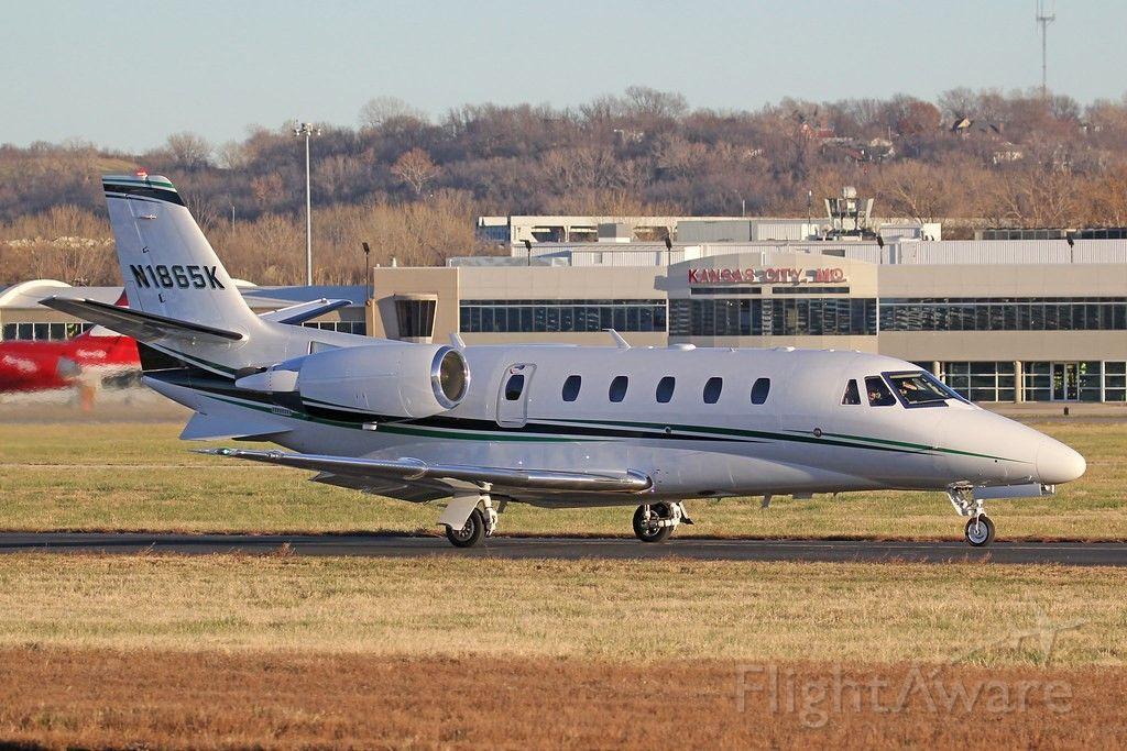 Cessna Citation Excel/XLS (N1865K) - After landing in MKC.