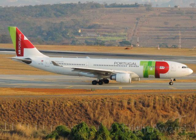Airbus A330-200 (CS-TOQ)
