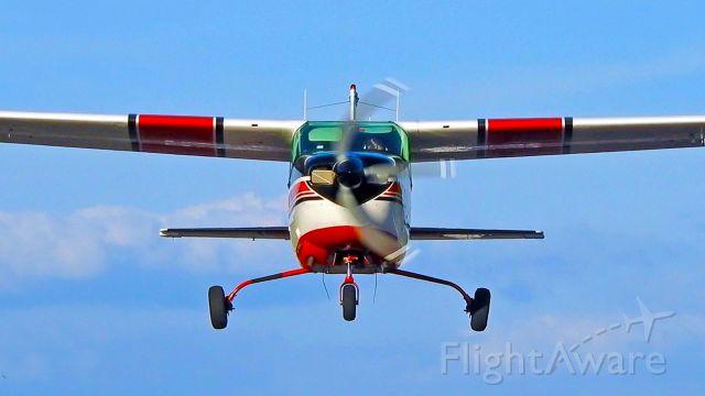 Cessna Centurion (N777WL)