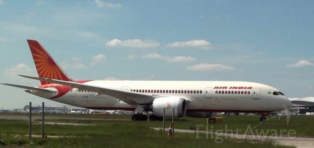 Boeing 787-8 (VT-ANL) - VT-ANL off as AIC162 to Delhi with bollywood screen siren Aishwarya Rai Bachchan onboard the flight, long back in June 2013