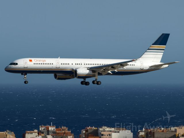 Boeing 757-200 (EC-ISY) - TENERIFE SUR<br />30/06/2012