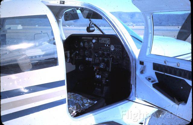 Mooney M-20J (N4394H) - 1978 Mooney