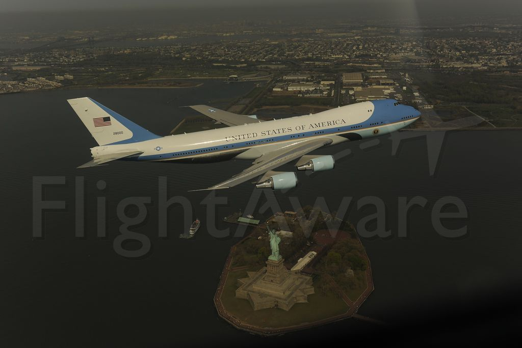 Boeing 747-200 (N28000) - White House photo of a VC-25 flying by the Statue of Liberty.  This fly-by of NYC caused a significant scare in lower Manhattan and subsequently became a national incident.