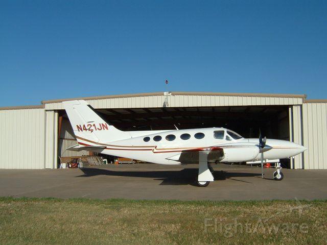 Cessna 421 (N421JN) - 8 place pressurized piston twin