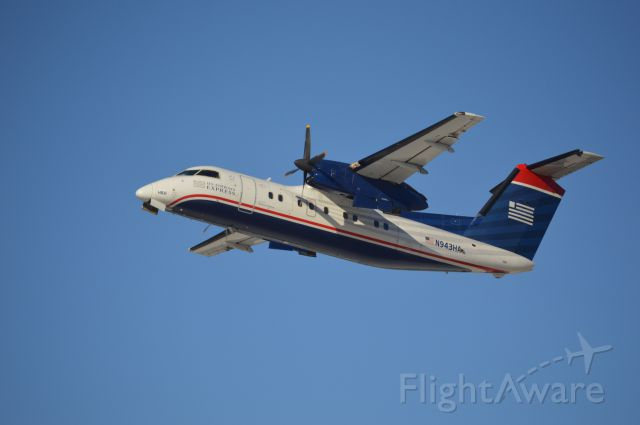 de Havilland Dash 8-100 (N348HA) - Thank you Kanawha County Schools for the 3rd SNOW DAY in a ROW! I enjoyed spotting at CRW and playing with my new Nikon D3200!