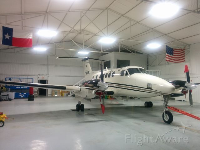 Beechcraft Super King Air 200 (N114HB)
