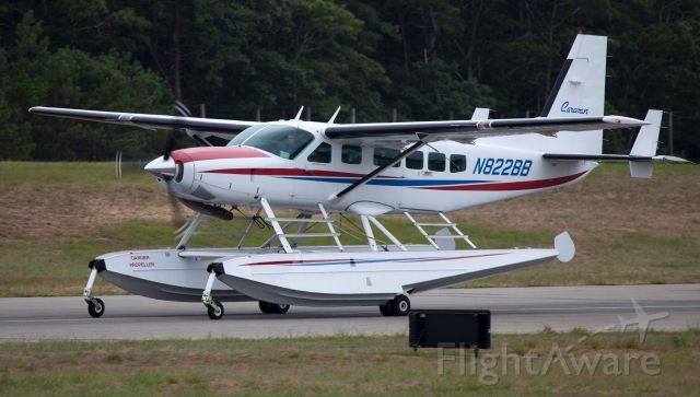 Cessna Caravan (N822BB) - Rollout after a perfect landing on RW10.