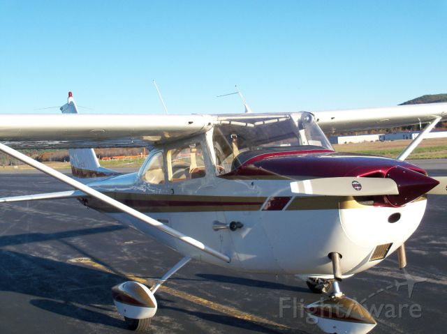 "Cessna Skyhawk (N4633L) - Aviation & Aerospace Education Center at Winnipesaukee (WinnAero) Win-A-Plane Fundraising Raffle is raffling off this 1966 C172G. New Annual and ready to fly. <a rel=""nofollow"" href=""http://www.winnaero.org"">http://www.winnaero.org</a>."
